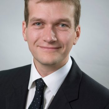 Mr Henry Willmott Consultant Orthopaedic Surgeon